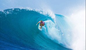 6 Celebrity athlete - Steph Gilmore THUMB2